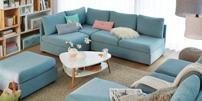 Les meubles du salon mobilier canape deco for Canape cuir bleu ciel