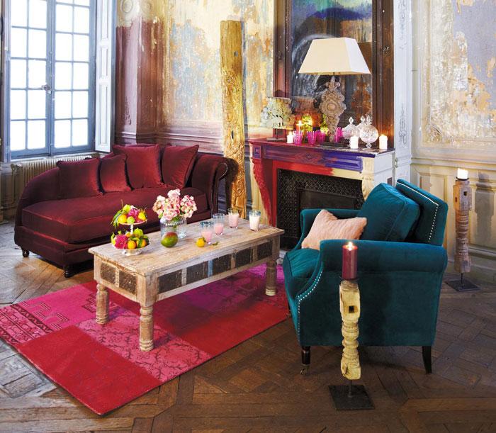 Fauteuils velours mobilier canape deco for Canape maison de famille