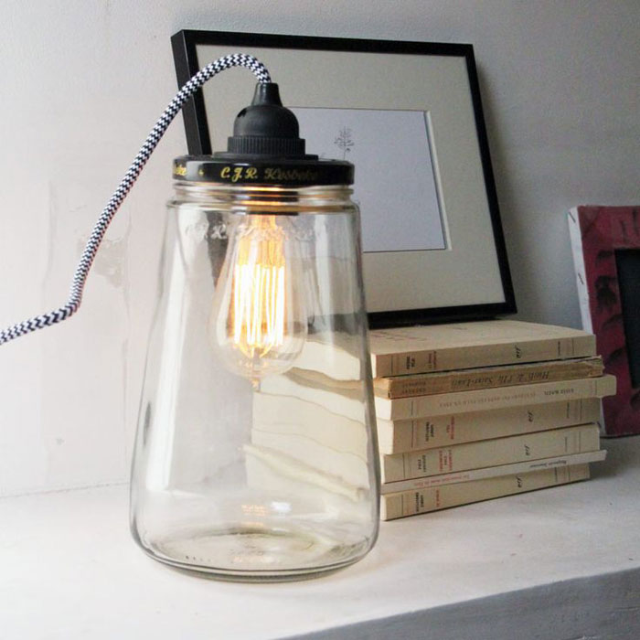 Lumi re sur l ampoule filament mobilier canape deco - Lampe grosse ampoule ...