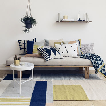 coussins salon ferm living
