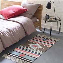 un tapis pour le style un tapis pour les pieds. Black Bedroom Furniture Sets. Home Design Ideas