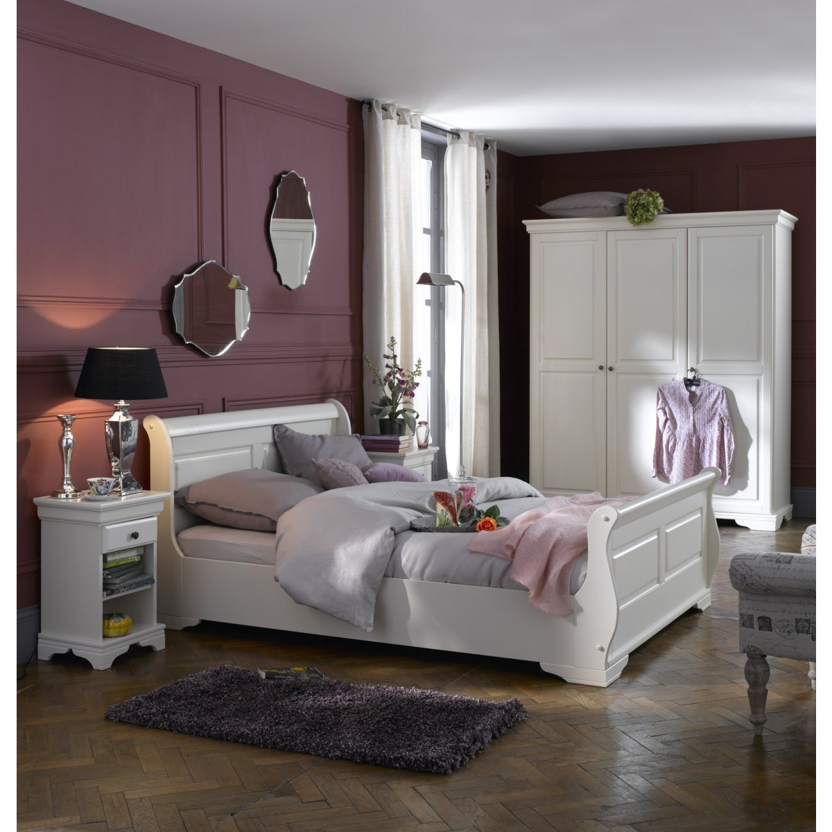 la chambre literie couleurs mobilier canape deco. Black Bedroom Furniture Sets. Home Design Ideas