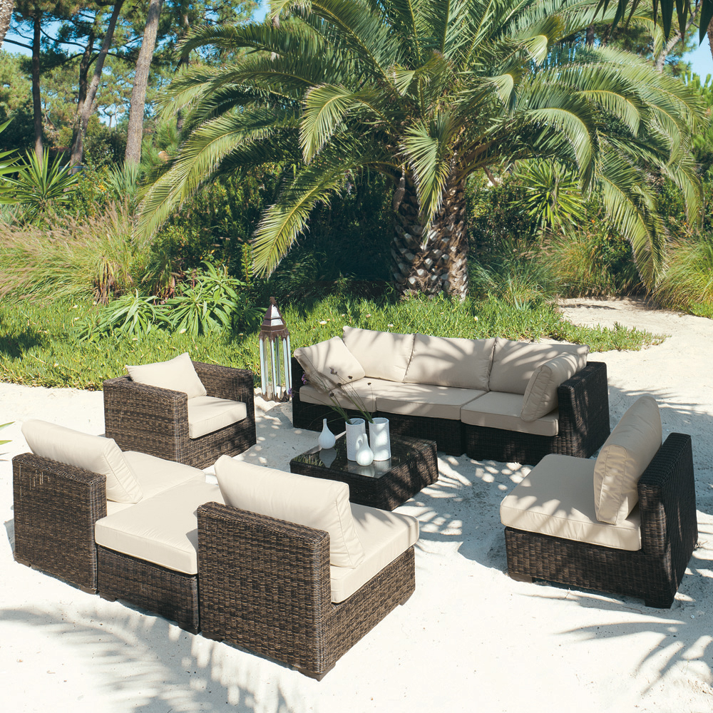 Salon r sine tress e mobilier canape deco for Deco salon jardin